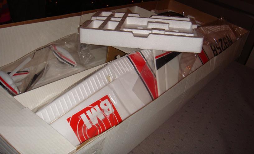 De doos van onze Vliegende Vriend